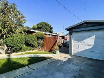 66 W Pleasant Street, Long Beach, CA, 90805,