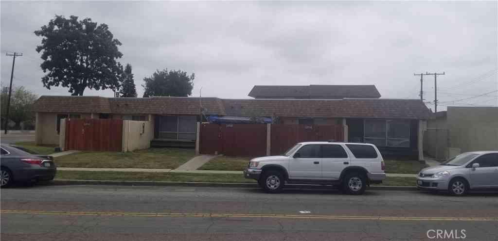13711 Magnolia Street, Garden Grove, CA, 92844,