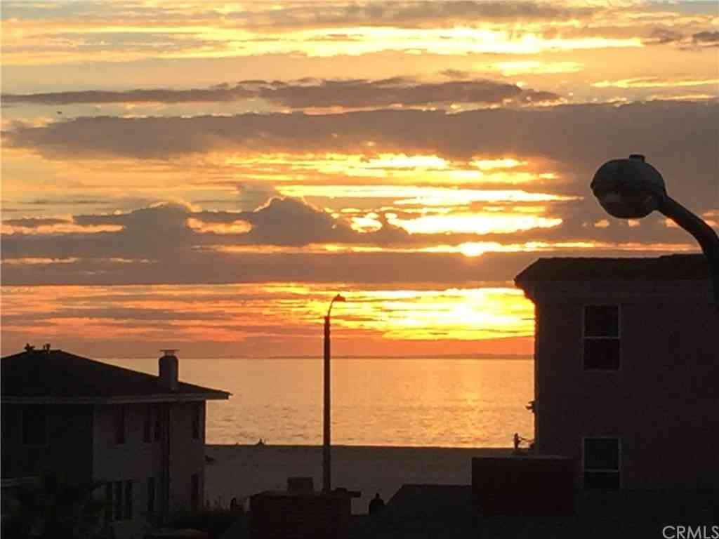 320 Hermosa #204, Hermosa Beach, CA, 90254,