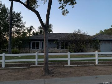 1565 1st Street, Norco, CA, 92860,