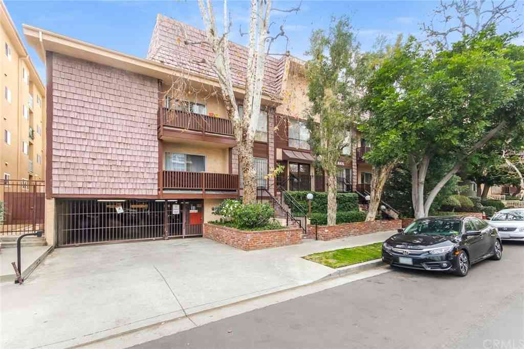 1865 Greenfield Avenue #105, Los Angeles, CA, 90025,