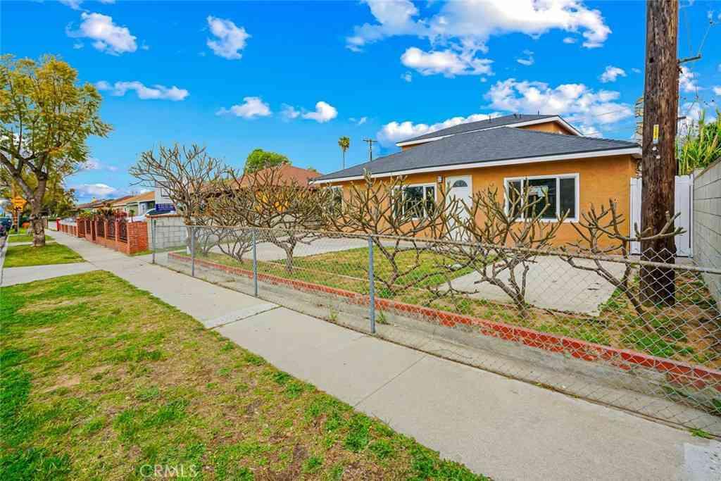 22728 Anchor Avenue, Carson, CA, 90745,