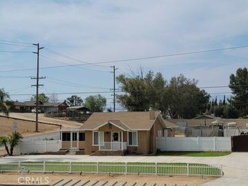 1087 1st Street, Norco, CA, 92860,