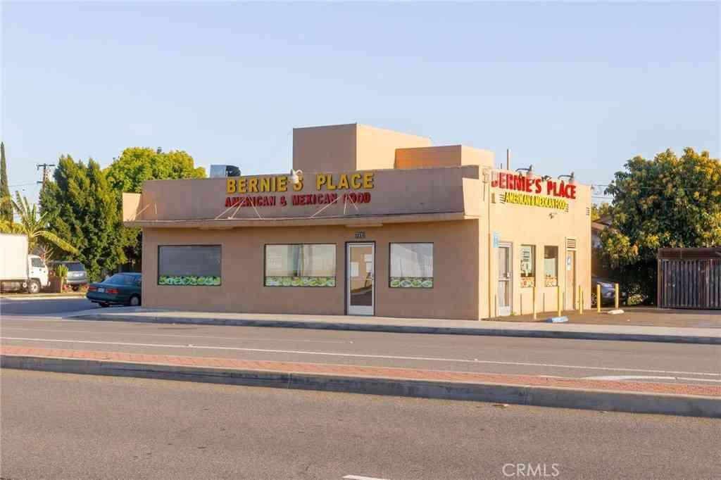 7912 Commonwealth Avenue, Buena Park, CA, 90621,