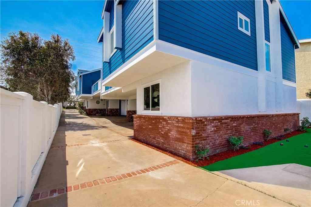 2113 Vanderbilt Lane #C, Redondo Beach, CA, 90278,