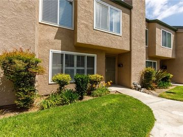 10942 Pebble Court, Fountain Valley, CA, 92708,