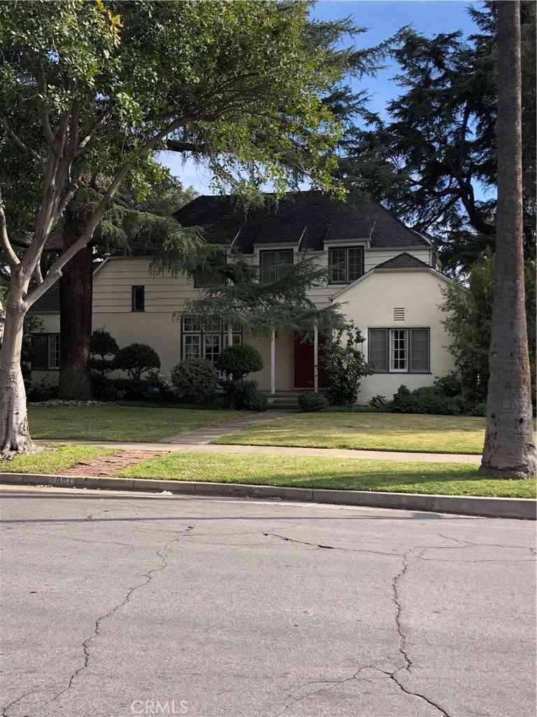 2001 Oak Street, South Pasadena, CA, 91030,
