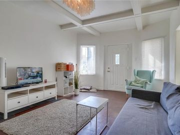 701 Cedar Avenue, Long Beach, CA, 90813,