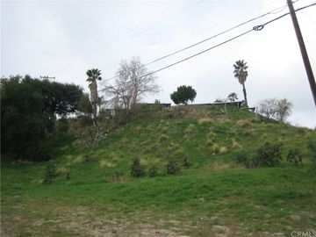 2710913 Edgerton Drive, San Bernardino, CA, 92404,