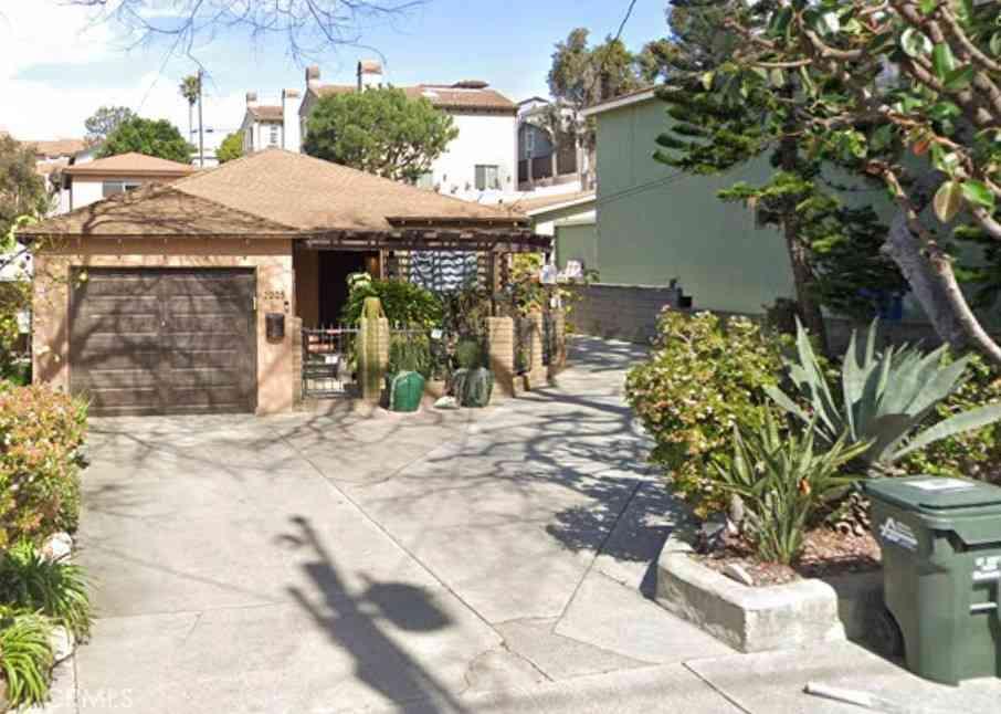 2005 Mathews Avenue, Redondo Beach, CA, 90278,