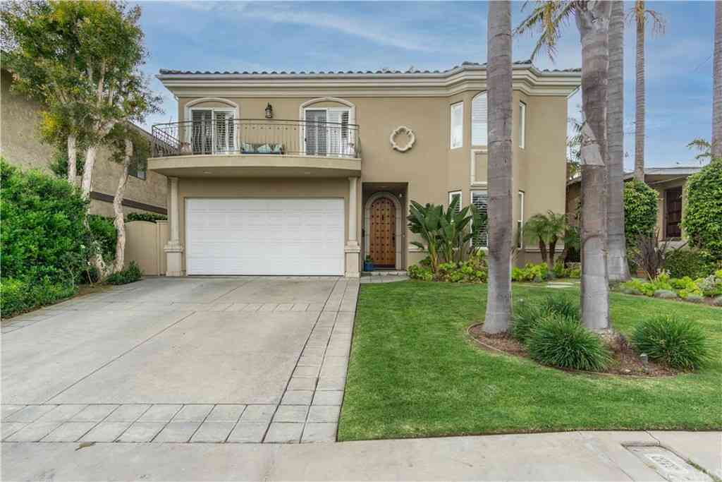 1115 Steinhart Avenue, Redondo Beach, CA, 90278,