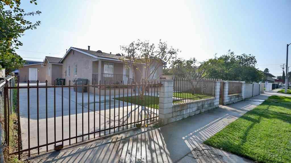 3304 Seminole Avenue, Lynwood, CA, 90262,