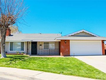 909 Kelton Street, Tehachapi, CA, 93561,