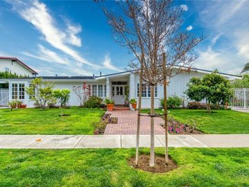 1530 Anita Lane, Newport Beach, CA, 92660,
