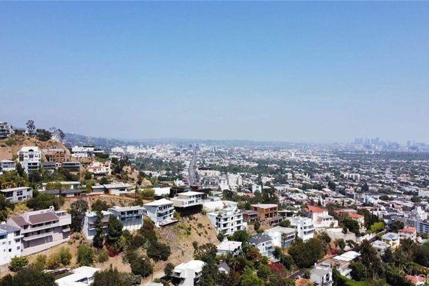 8637 Hollywood Boulevard