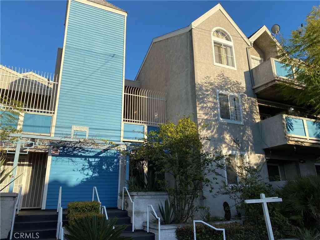 1200 Gaviota Avenue #213, Long Beach, CA, 90813,