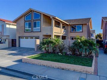 8040 East Roper Street, Long Beach, CA, 90808,