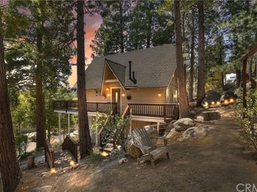 357 Pioneer, Lake Arrowhead, CA, 92352,