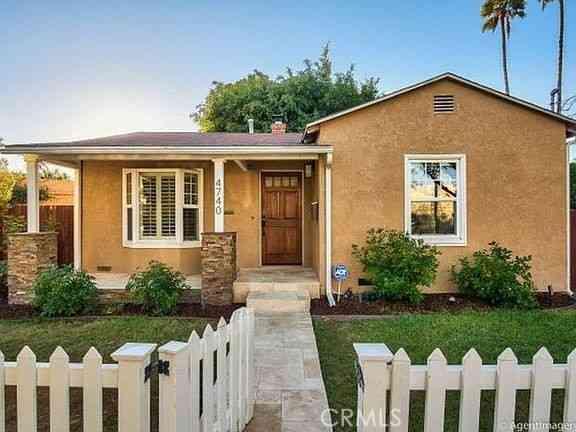 4740 W Mountain View, San Diego, CA, 92116,