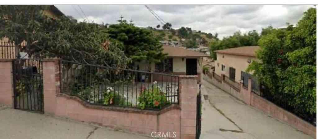 3548 Whiteside, Los Angeles, CA, 90063,