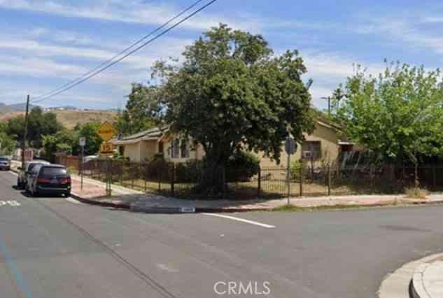11864 Fellows Avenue, San Fernando, CA, 91340,
