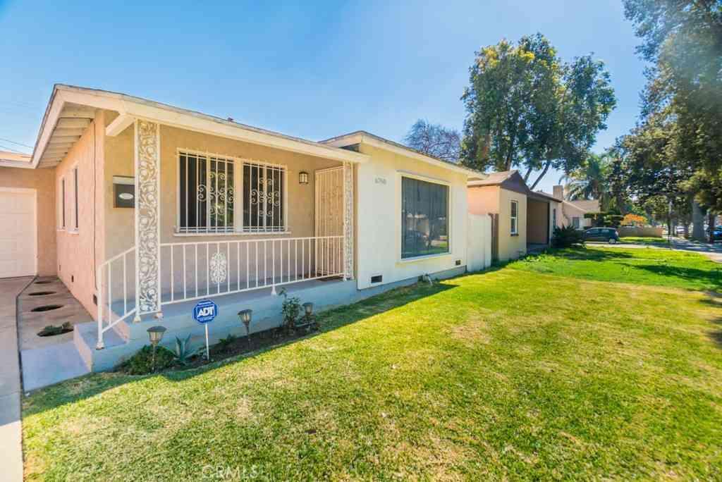 6760 Delta Avenue, Long Beach, CA, 90805,
