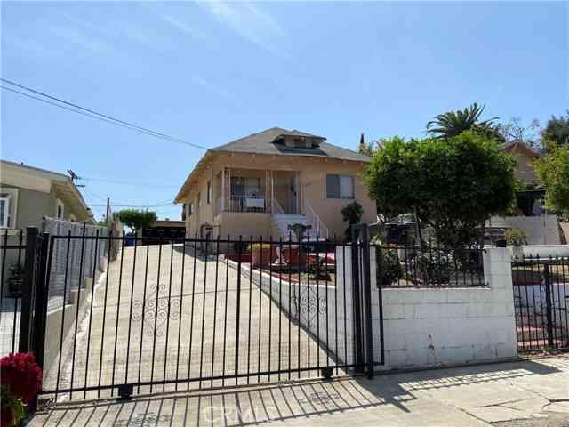 2620 Ganahl Street, East Los Angeles, CA, 90033,