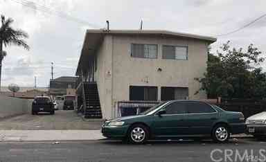 124 E 30th ST, Los Angeles, CA, 90011,