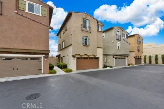22111 Main Street #12 Carson, CA, 90745