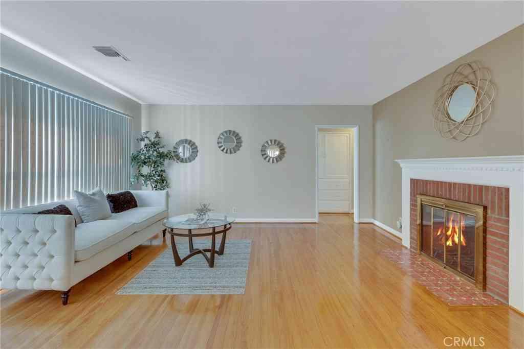 401 Myrtle Street, Glendale, CA, 91203,