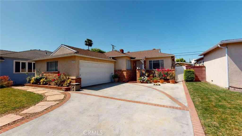 15931 Chanera Avenue, Gardena, CA, 90249,