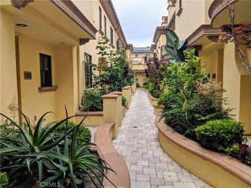 985 N Michillinda Avenue #210, Pasadena, CA, 91107,