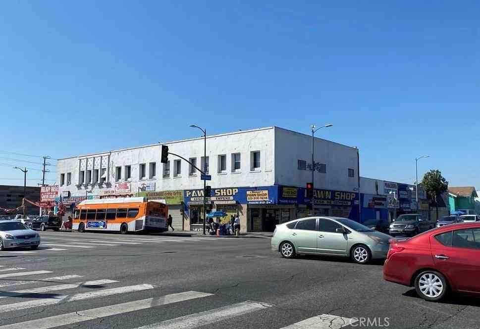 4401 S Broadway Avenue, Los Angeles, CA, 90037,