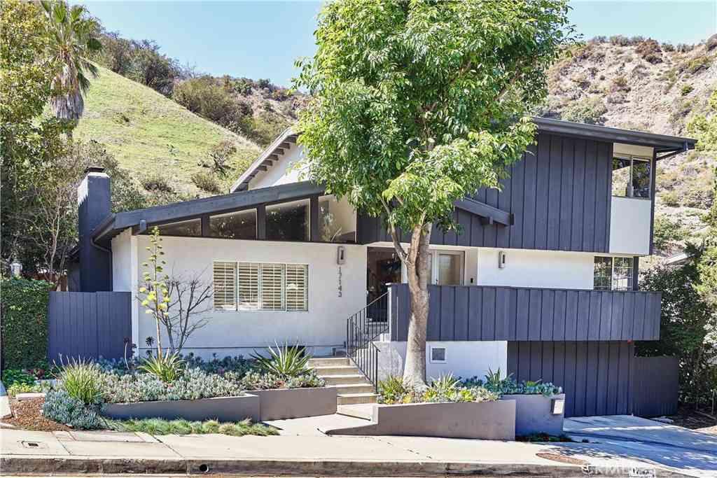 17143 Escalon Drive, Encino, CA, 91436,