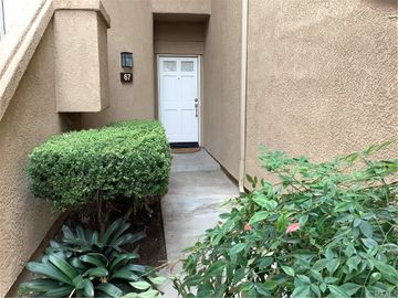8215 E White Oak Ridge #67 E, Orange, CA, 92869,