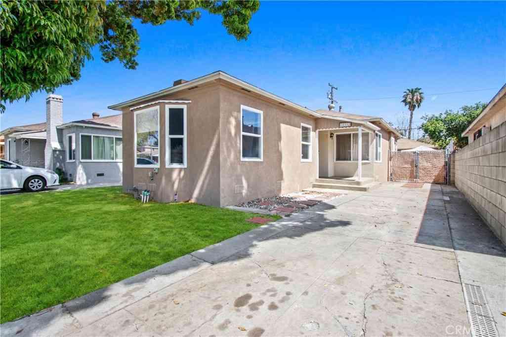 10332 Hunt Avenue, South Gate, CA, 90280,