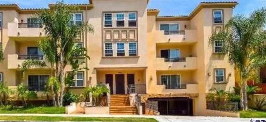 556 E Palm Avenue #101, Burbank, CA, 91501,