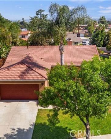 869 West Kendall Street Corona, CA, 92882