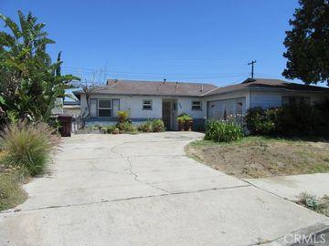4721 Oakfield Avenue, Santa Ana, CA, 92703,