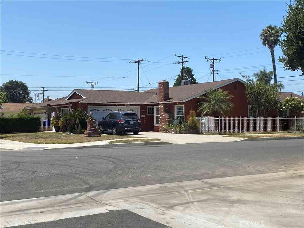 13603 Barlin Avenue, Downey, CA, 90242,