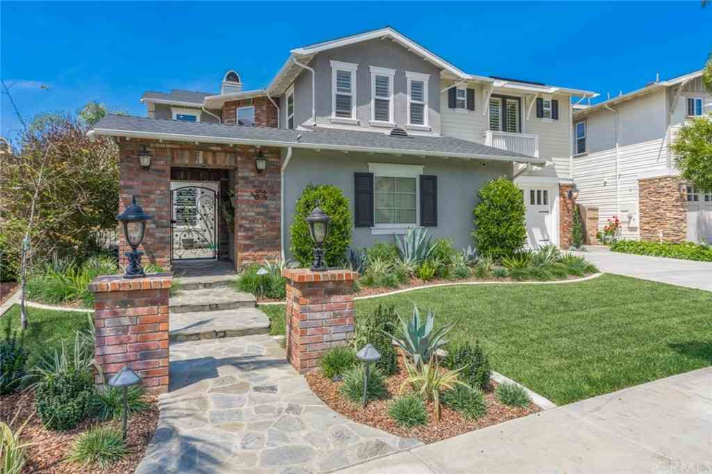 959 Heron Circle, Seal Beach, CA, 90740,