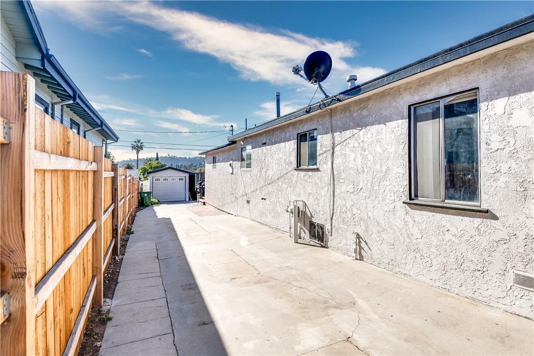 5012 Range View Avenue