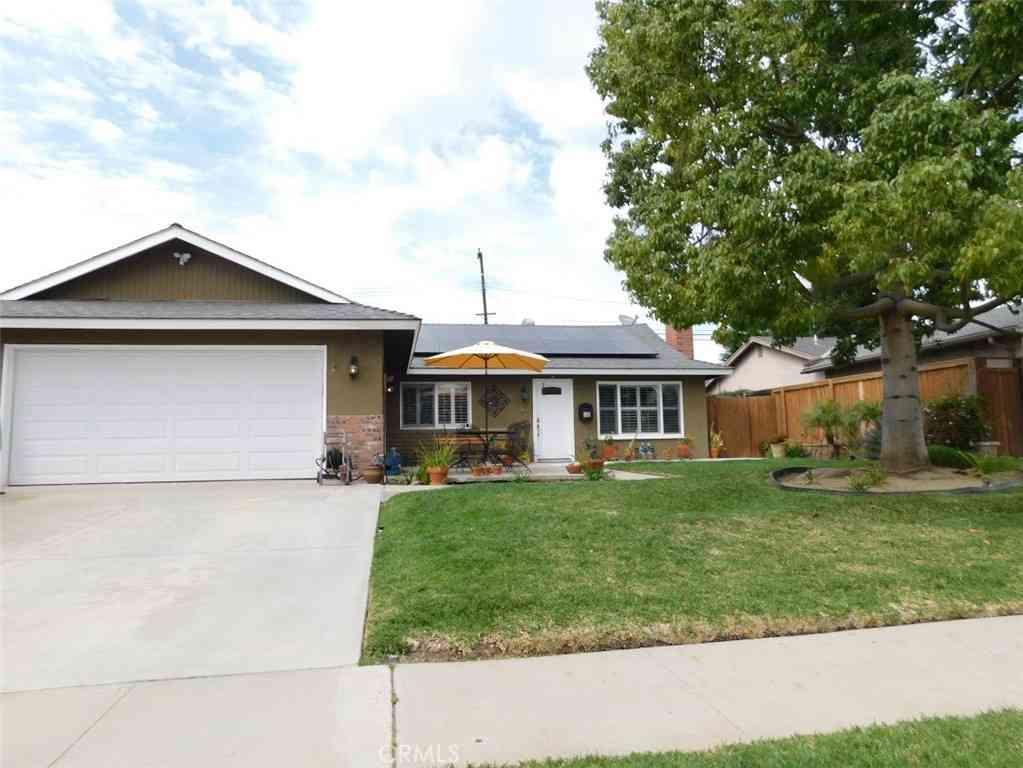 1737 Evergreen Avenue, Fullerton, CA, 92835,