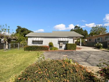 10646 Mcvine Avenue, Sunland, CA, 91040,