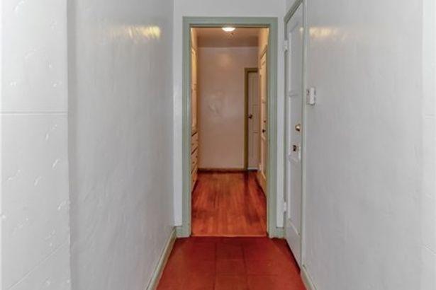 113 S Edgemont Street