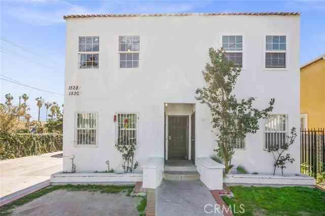 1528 E 33rd ST, Los Angeles, CA, 90001,