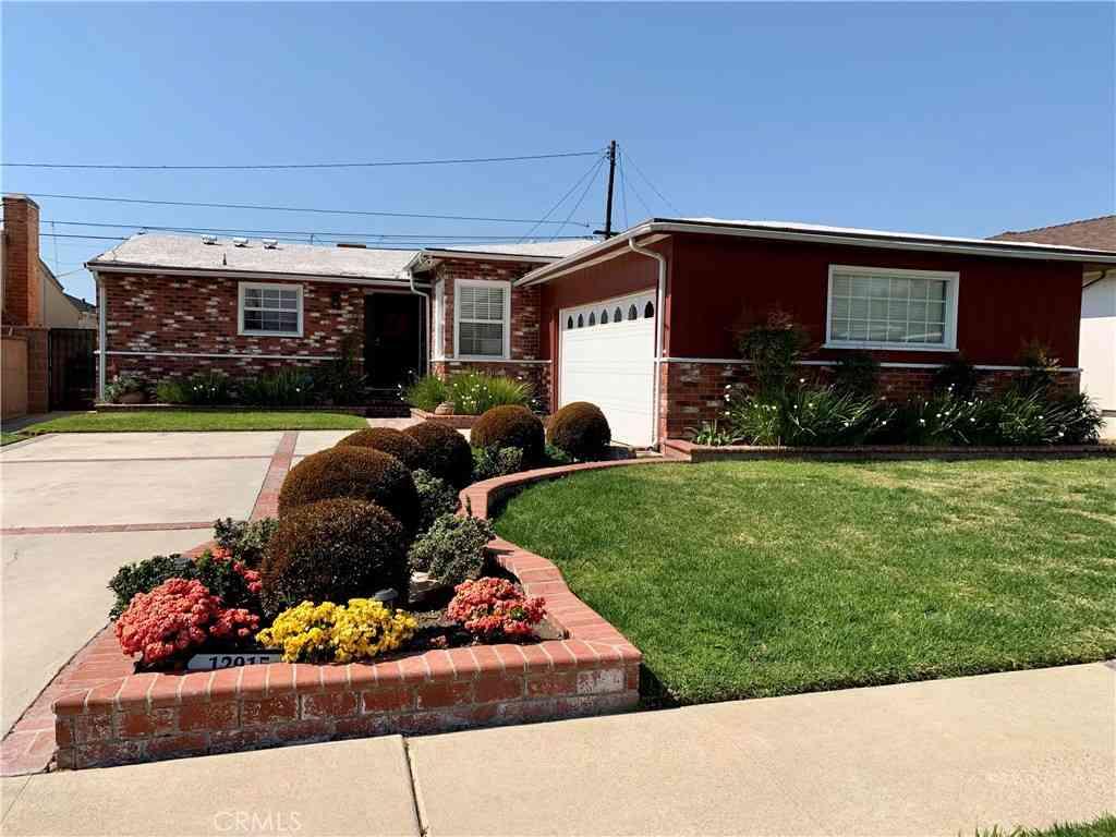 12915 Spinning Avenue, Gardena, CA, 90249,