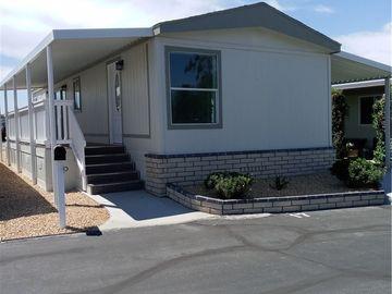 999 S Santa Fe Avenue #17, San Jacinto, CA, 92583,