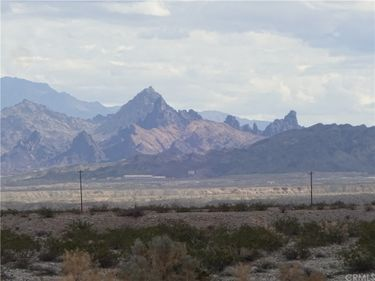 2 South Highway 95, Needles, CA, 92363,