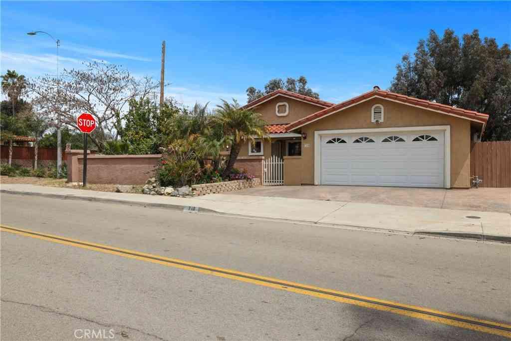 710 Morro Road, Fallbrook, CA, 92028,